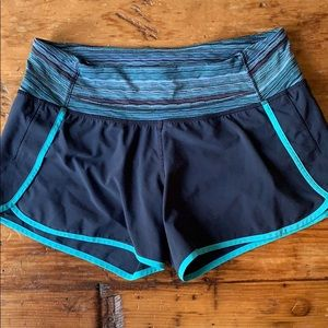 Lululemom 🍋 Shorts Size 6